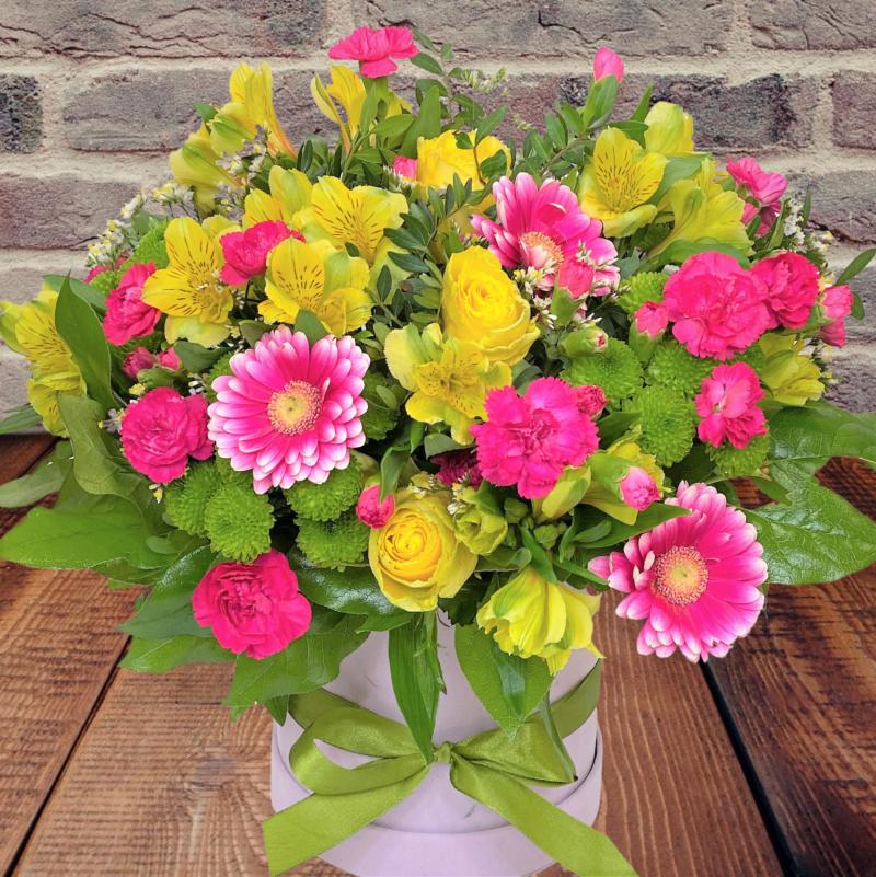 flower box-letnia łąka, kwiaty w pudełku dostawa pocztą na terenie całej Polski, tania kwiaciarnia internetowa kwiatyportal.pl