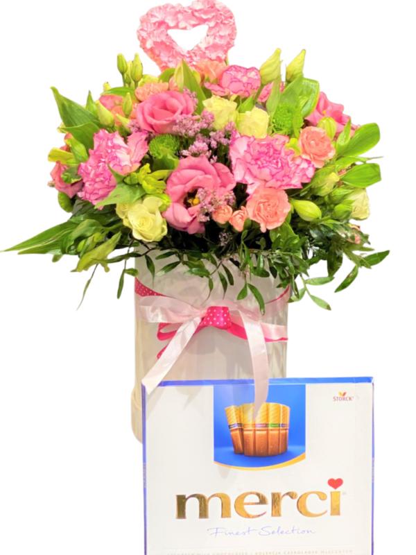 Flower box-słodka niespodzianka kwiatowa przesyłka Szczecin kwiaciarnia